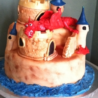 Dragon Cake Castle with a RKT dragon