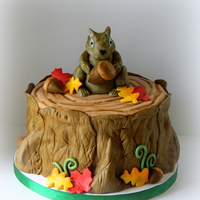 Squirrel Fall Nature Cake