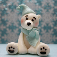 Polar Bear Topper Fondant polar bear figurine. He is just over 2inches tall :) TFL <3
