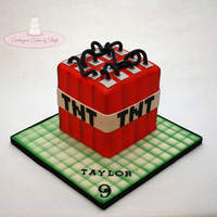 Tnt My first Minecraft cake!! I've been waiting a long time to be asked to make a minecraft cake and here it is.. Theme was TNT! TFL :)