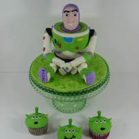 Buzz Lightyear And Lgm Cupcakes