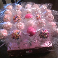 Pink And White Cake Pops red velvet cake pops
