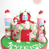 Strawberry Castle♥ I created this cake for a little girl who wanted a castle but also a strawberry, so this is what I came up with :)