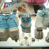Baby Boy Set / Yovalerie's Cake I have been doing her cakes since she was 11 years old. Now she is 27 and expecting her first baby boy!!!