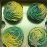 Cupcakes For Christmas 2 colour swirl buttercream cupcake with edible snowflake