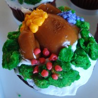 Thanksgiving Turkey A sweet Turkey on a sweet cupcake.