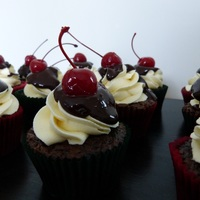 Choc Cherry Cupcakes With Vanilla Buttercream Swirl Poured Ganache And Bandy Infused Cherry To Top D Choc Cherry cupcakes with vanilla buttercream swirl, poured ganache and bandy infused cherry to top :D