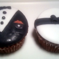 Black Tie Affair (Male And Female) A wedding or black tie affair cupcake ideas. Check out Nellabloom.com