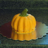 Pumpkin Cake This is just a little thing. He's a pumpkin! :)