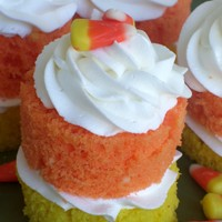 Candy Corn Cakelets