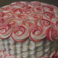 Petal/swirly Rose Cake First saw these techniques combined here on CC by peggyslee, so thank you! One tip, though, use a smaller tip for the bottom than the 1M...