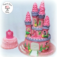 Princess Castle Princess Castle with matching smash cake for a 1st Birthday.