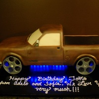 1994 Chevy 1500 Silverado Cake We were asked to duplicate a customer's truck. They also asked to make sure we included the blue lights on the undercarriage. The...