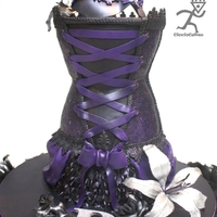 Burlesque All edible Corset, Violet airbrushed fondant covered with edible lace & sugarveil