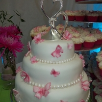 Wedding   wedding cake with 250 cupcales butterfly