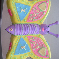 Butterfly Cake For Zia and Sarah (hence the z and the s), who were turning 2.