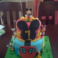 Mickey Mouse Clubhouse Cake Mickey Mouse club house 1st birthday cake.