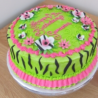 Zebra Birthday Cake With Fondant Flowers Zebra birthday cakeFondant stripesFondant zebra flowers