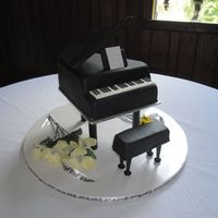 Piano Grooms Cake
