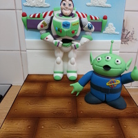 Buzz Lightyear And Alien Sugarpaste Figures!