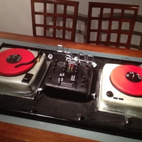 Dj Turntables Cake all fondant, 2 turntables and a mixer