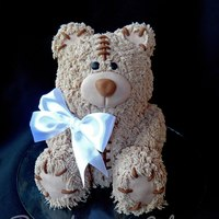 Plush Teddy Teddy bear cakeThis is a vanilla cake filled with Nutella and strawberry preserves