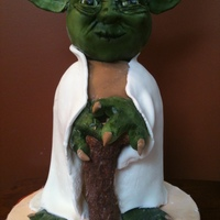 Yoda French Vanilla cake with raspberry buttercream and fresh blackberries.