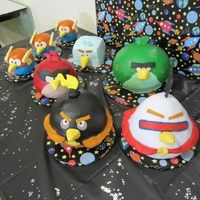 Angry Birds Space All done in Buttercream icing with fondant decorations.