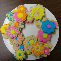 Flower Cookie Wreath   Sugar cookies with royal icing