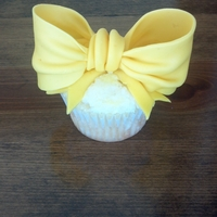 Oversized Bow For A Little Girl Who Loves Big Bows Fondant/gumpaste bow