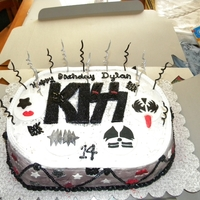 Kiss Cake For Teenage Boy