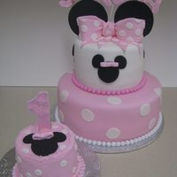 Minnie Cake And Smash Cake Strawberry With Cream Cheese Filling   Minnie cake and Smash cakestrawberry with Cream cheese filling