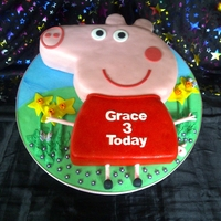 Pepper Pig With Flowers