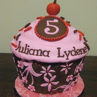 Juliana's 5Th Month Cake