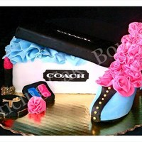 Coach Fondant Shoe Box With Shoe 3D With Make Up coach fondant shoe box with shoe 3D with make up