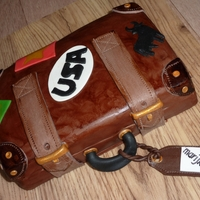 Petit Suitcase Chocolate