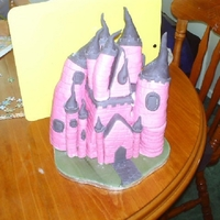 Strange Castle Cake  I made this for my daughters birthday. I wanted to try this out and quickly things when wrong, I've learnt a lot of what I should have...