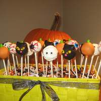 Halloween Cake Pops Halloween cake pops - mummies are lemon cake with lemon buttercream, pumpkins are pumpkin spice cake with cream cheese frosting, eyeballs...