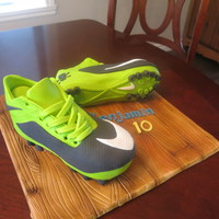 Soccer Shoes vanilla cake with white chocolat ganache and modeling chocolat