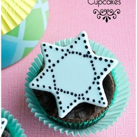 Star Of David Cupcakes Simple but elegant star of david cupcake toppers for Hanukkah