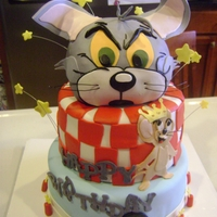 Tom & Jerry white cake, bc & fondant, RC for head