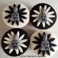 Buddha Cupcakes I made these cupcakes vor the birthday of a 14 year old girl who loves Buddha. I made the mold by myself. Hope you like it!