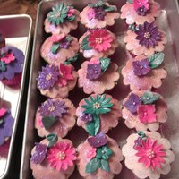 Baby Shower Cupcakes Every Base Color Was A Different Flavor These Were Carrot Cupcakes Baby Shower Cupcakes - Every base color was a different flavor. These were carrot cupcakes