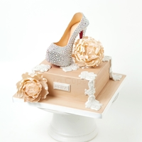 Christian Louboutin Daffodile Pump Gumpaste Christian Louboutin High Heel adorned in swarovski crystals and antique cream peonies