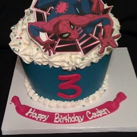 Spiderman Giant Cupcake Cake