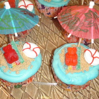 Beach Cupcakes beach cupcakes made these with my friend Charis