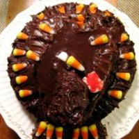 Thanksgiving Cake I have only been decorating cakes for three years and I am completely self taught. Here is a little treat to prepare you for Thanksgiving....