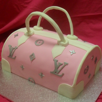 Handbag You Can Eat My 1st handbag cake - enjoyed making and it tasted great