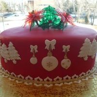 Christmas Cake From a tutorial by Alan T. at GlobalSugarArt, I made this for our company Christmas party.