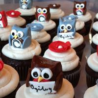 Owl Poppy Logo Cupcakes *The owls have logos of 2 different companies. These were made for a business meeting